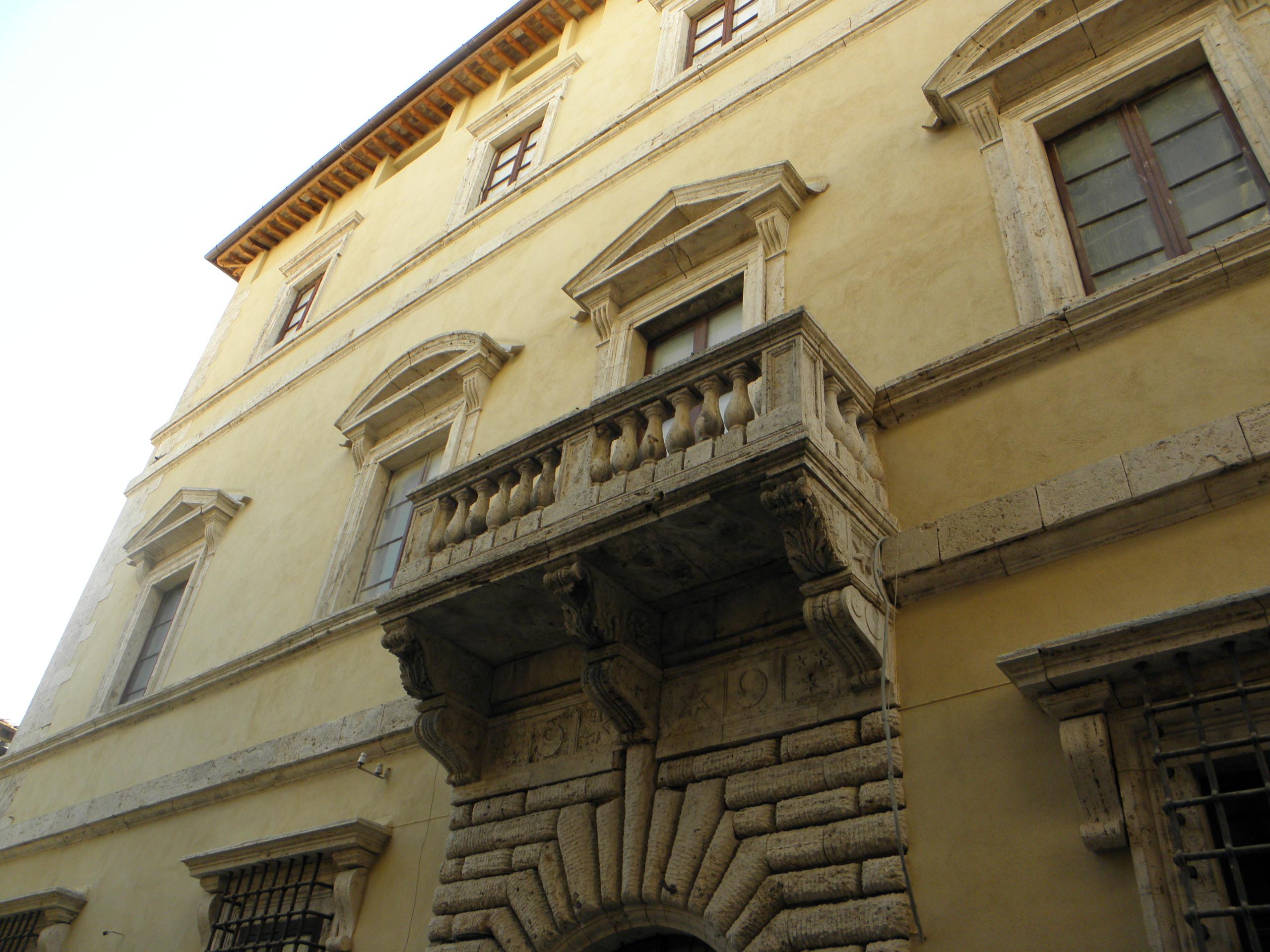 Bilocale Montepulciano Corso Voltaia 2