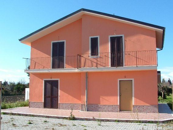Casa Indipendente vendita SIMERI CRICHI (CZ) - 5 LOCALI - 120 MQ