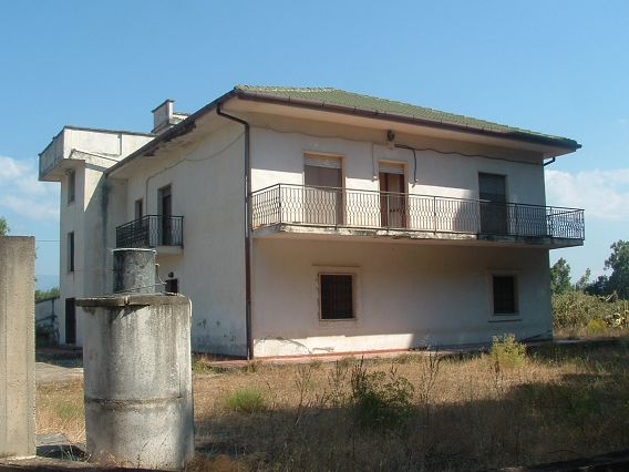 Cascina/casale vendita SELLIA MARINA (CZ) - 7 LOCALI - 500 MQ