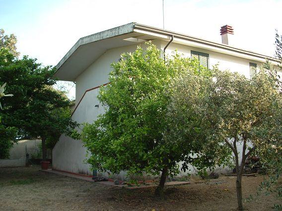 Villa vendita SELLIA MARINA (CZ) - 6 LOCALI - 200 MQ