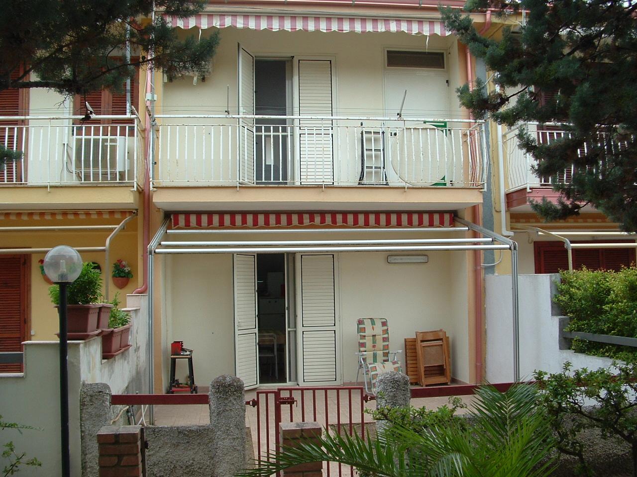 Villa affitto SELLIA MARINA (CZ) - 3 LOCALI - 70 MQ - foto 1