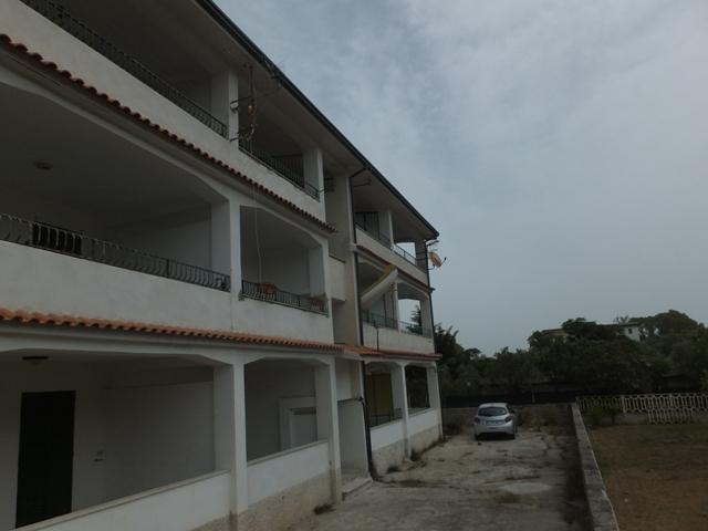 Appartamento vendita SELLIA MARINA (CZ) - 3 LOCALI - 90 MQ
