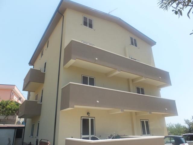 Casa Indipendente vendita SELLIA MARINA (CZ) - 5 LOCALI - 200 MQ