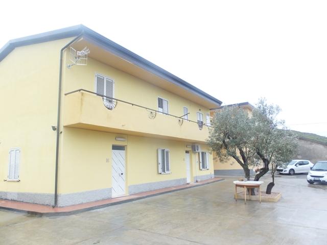 Appartamento vendita SIMERI CRICHI (CZ) - 5 LOCALI - 150 MQ - foto 2