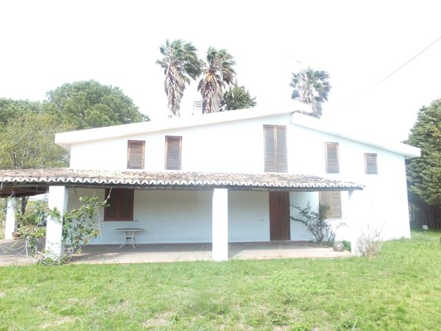 Villa vendita SELLIA MARINA (CZ) - 7 LOCALI - 250 MQ