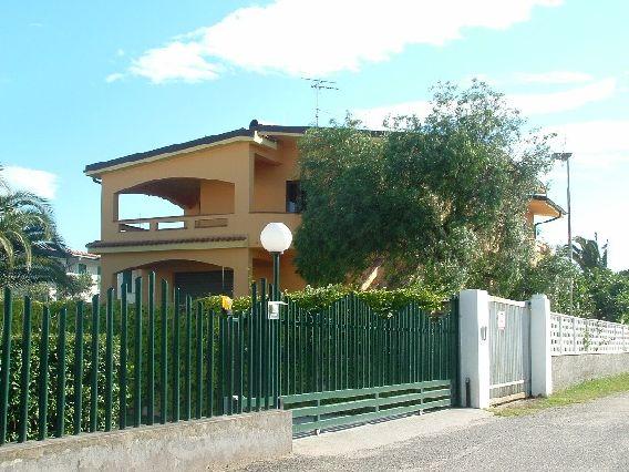Villa vendita SELLIA MARINA (CZ) - 7 LOCALI - 400 MQ