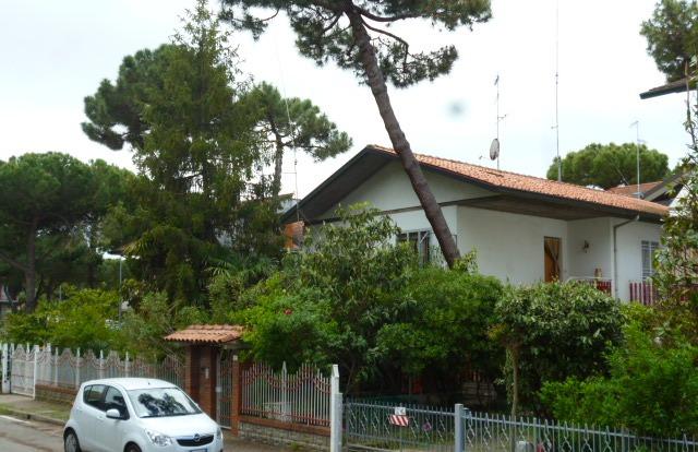 Villa vendita CERVIA (RA) - 7 LOCALI - 500 MQ