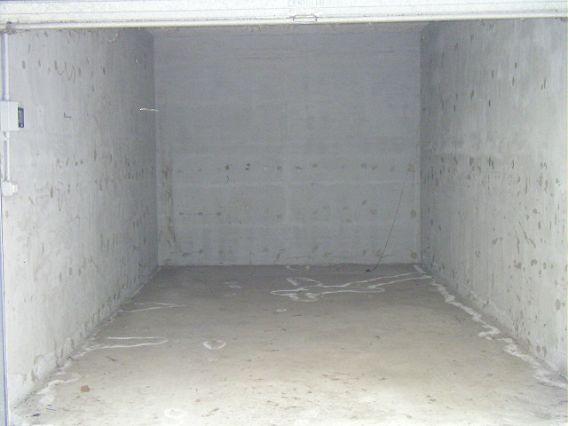 Box/auto affitto AVELLINO (AV) - 1 LOCALE - 17 MQ - foto 3