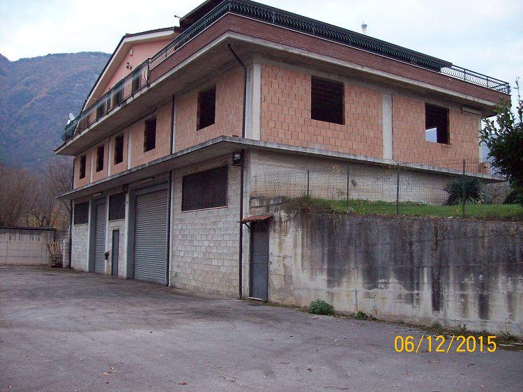 Villa vendita SERINO (AV) - 2 LOCALI - 340 MQ