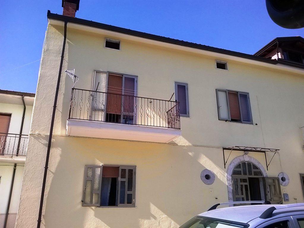 Appartamento vendita OSPEDALETTO D'ALPINOLO (AV) - 4 LOCALI - 100 MQ