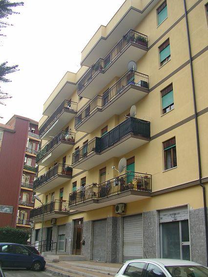 Appartamento, semicentrale, Affitto/Cessione - Avellino
