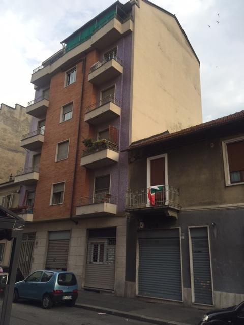 Bilocale Torino Via Brandizzo 52 1
