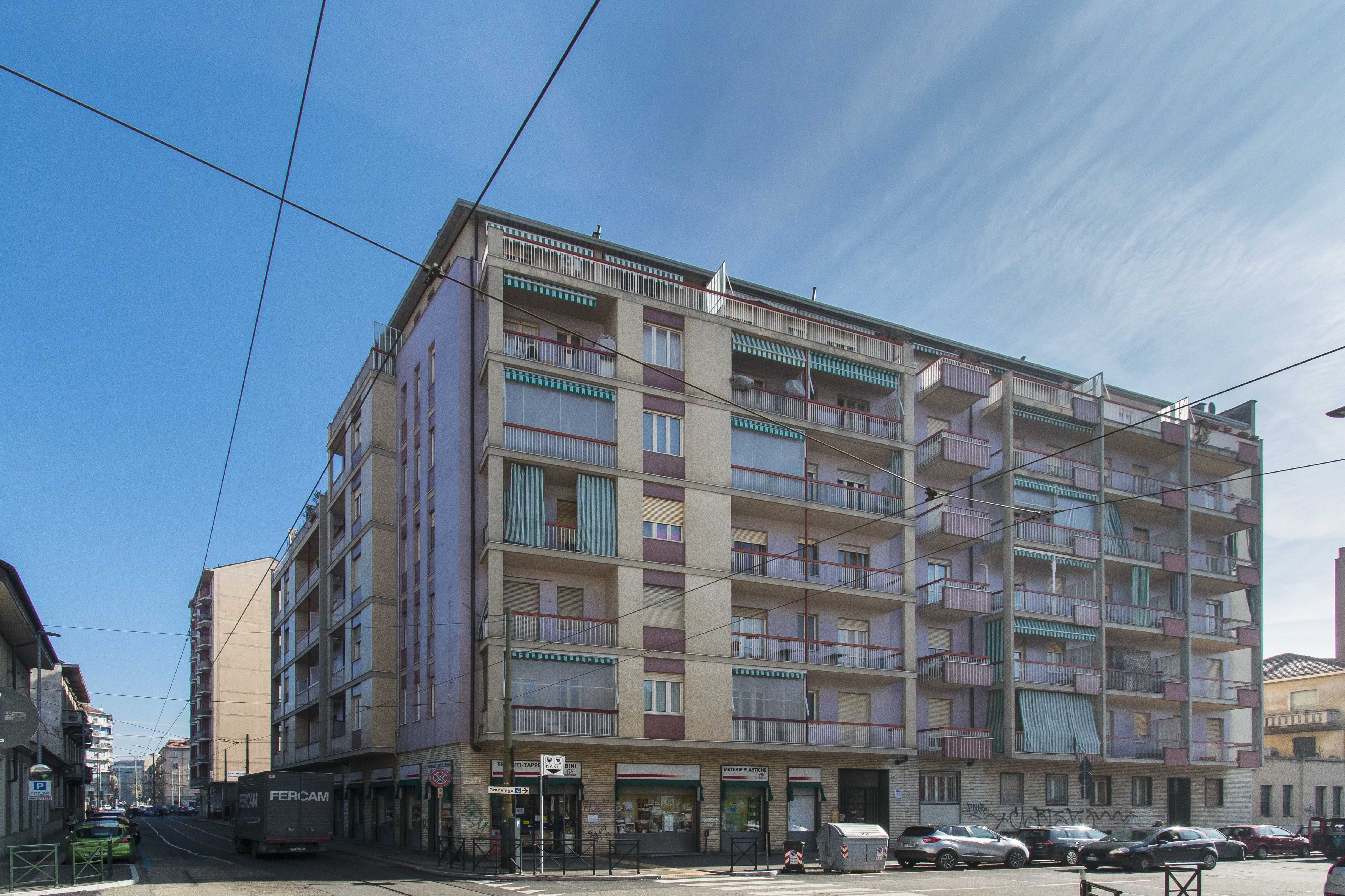 vendita appartamento torino vanchiglietta VIA RICASOLI 26 58000 euro  1 locali  50 mq