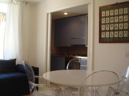 Bilocale Viareggio Via Rossini 3