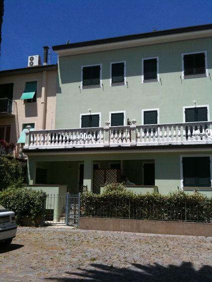 Bilocale Camaiore Via Papini 7
