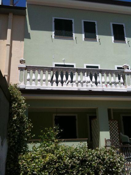 Bilocale Camaiore Via Papini 8