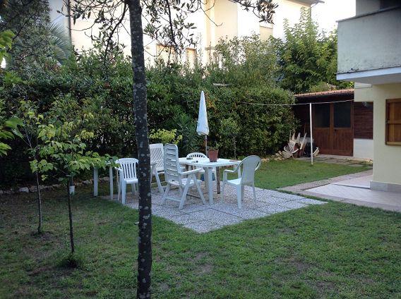 Bilocale Camaiore Via Gasperini 2