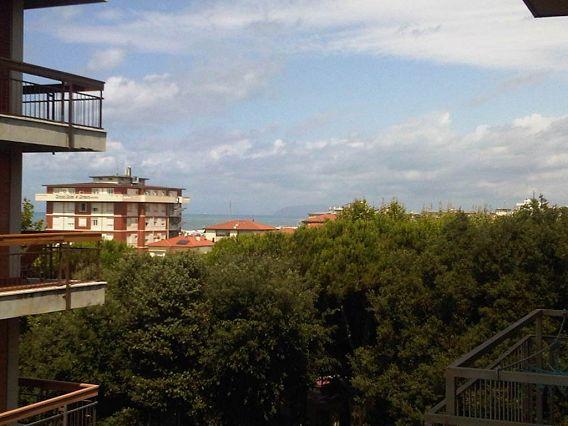 Bilocale Camaiore Via Gigliotti 1