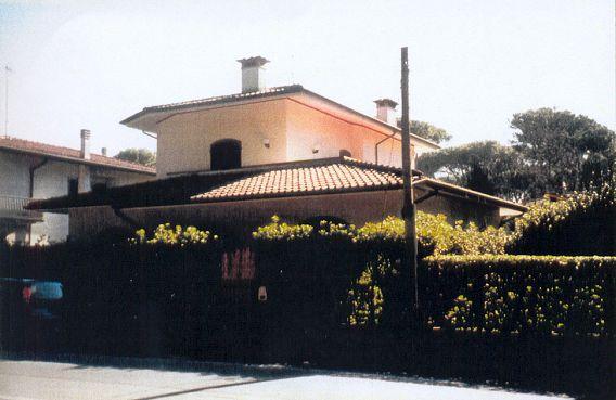 Villa affitto Pietrasanta (LU) - 6 LOCALI - 130 MQ